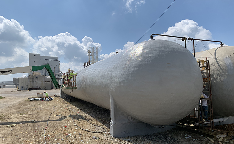 Coating tank for insulation